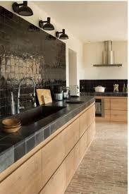 cuisine bois design obsession une cuisine aménagée bois et noir kitchens
