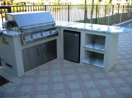 L Shaped Outdoor Kitchen by L Shaped Outdoor Kitchen With 2 Place Setting Counter Like The