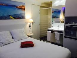 hotel avec dans la chambre montpellier optimisation de l espace avec et lavabo dans la chambre