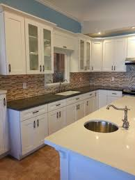 decorating finest kitchen with catchy look by admirable shaker