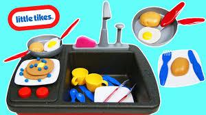 Little Tikes Childrens Kitchen by Little Tikes Splish Splash Sink N U0027 Stove Real Working Sink Pretend