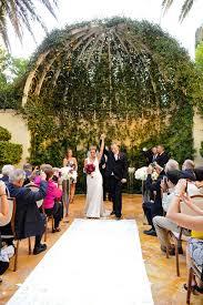 wedding planner las vegas and groom at primrose courtyard at las vegas wedding