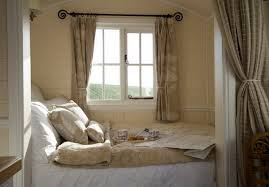 cream bedroom furniture sets traditional single bedroom ideas and cream bedroom furniture sets