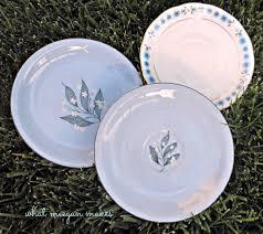 to hang decorative plates