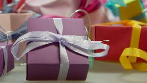 holiday gifts for the breastfeeding mom