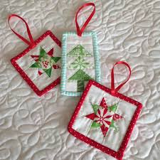 christmas in july a quilter u0027s guide to holiday projects