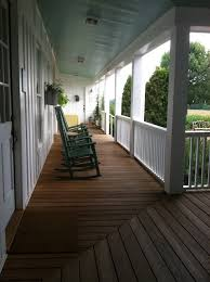 Farmhouse With Wrap Around Porch Best 20 Wrap Around Porches Ideas On Pinterest Front Porches