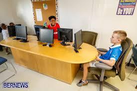 Nvcc Help Desk Photos Video Nvcc Education Centre Opens Bernews Bernews