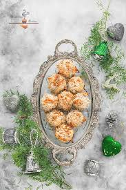 eggless coconut macaroons quick u0026 easy christmas cookies