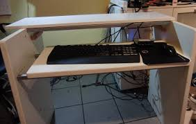 Schreibtisch 1m Lang Ein Pc Tisch Im Wahrsten Sinne Des Wortes Update 14 9 Hardware
