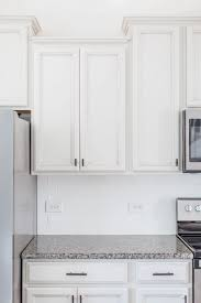 choosing hardware for white kitchen cabinets pin on kitchen lust