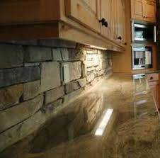 Veneerstone Used On A Kitchen Back Splash NH Stoneworks - Stacked stone veneer backsplash
