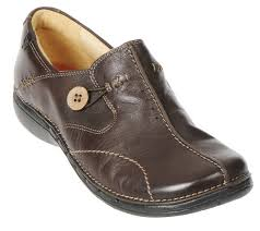 leather bike shoes clarks unstructured leather slip on shoes un loop page 1 u2014 qvc com