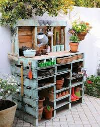 Diy Wooden Garden Furniture by Best 25 Garden Table Ideas On Pinterest Tile Tables Ikea Lack