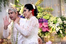 wedding dress nagita slavina akad nikah raffi ahmad dan nagita slavina foto 10 1377672