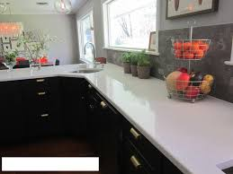 tiles backsplash beachy backsplash ivory cabinets what colour
