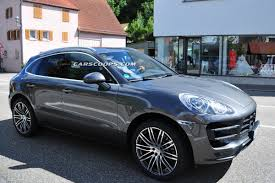 macan porsche turbo scoop new porsche macan and macan turbo compact suvs with minimal