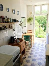 Small Kitchen Decorating Ideas Best 25 Small Kitchen Decorating Ideas Ideas On Pinterest Small