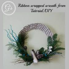 Diy Twig Wreath by Christmas In July 2016 Series Ribbon Wrapped Wreath Form Diy