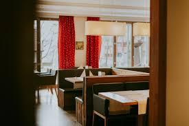 Esszimmer Restaurant Heilbronn Hotel Hotel Drei Quellen Therme In Bad Griesbach Verwoehnwochenende