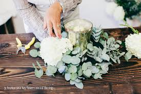 Table Centerpieces For A Wedding by Diy Elegant Table Centerpiece Fiftyflowers The Blog