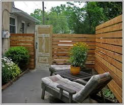 Cheap Backyard Fence Ideas by Good Looking Cheap Wood Fence Ideas Fence Railing Pinterest