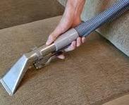 nettoyage de canapé nettoyer un canapé en tissu avec un nettoyeur vapeur tout pratique