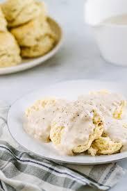 buttermilk biscuits u0026 country gravy the simple veganista