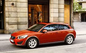 volvo coupe 2010 volvo c30 sports coupe widescreen exotic car wallpapers 02