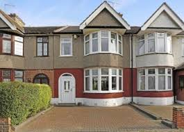 2 Bedroom House For Rent In Edmonton Property For Sale In London Buy Properties In London Zoopla