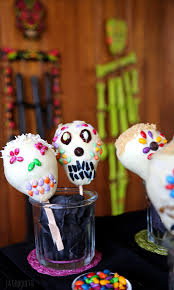 white chocolate pear skulls halloween recipe