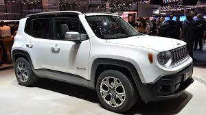 2015 jeep renegade autoblog 2015 jeep renegade brings the cute autoblog