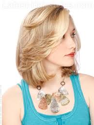 layered flip hairstyles this shoulder length hairstyle is made interesting with cheekbone