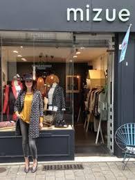 boutique femme l univers japonisant d adeline klam boutique store and display