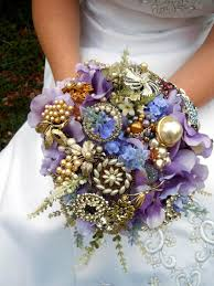 diy bouquet how to make a brooch bridal bouquet how tos diy