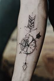 tattoo for men in hand best 25 clock tattoos ideas on pinterest time clock tattoo