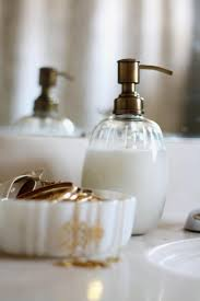 Things In The Bathroom 20 Things In Your Bathroom You Can Get Rid Of Right Now Page 4 Of 4