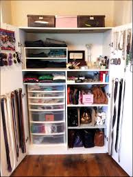 Small Bedroom With Walk In Closet Ideas Interior Bo Closet Lovely Furniture Lovable Walkin Closets