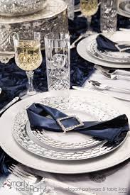 silver wedding plates navy blue and silver table setting smartyhadaparty