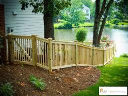 Fence Backyard Ideas by Best 10 Backyard Gates Ideas On Pinterest Backyard Patio
