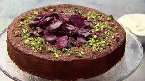 pistachio and rose semolina cake