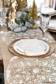 make christmas table runner a burlap christmas diy table runner refashionably late