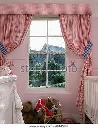 gingham curtains stock photos u0026 gingham curtains stock images alamy