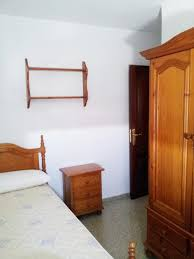 students rooms for rent 200 u20ac and 235 u20ac room for rent malaga