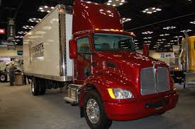kenworth 2013 models photo gallery kenworth at the ntea u0027s 2013 work truck show fleet