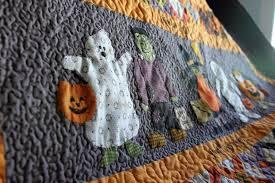 macaron quilts halloween sampler quilt