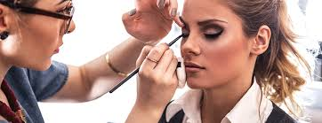 airbrush makeup classes chicago find the best makeup artist school for aspiring students in 2017
