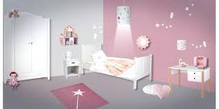 chambre enfant fille decoration de chambre enfant deco chambre fille 2 ans excellent