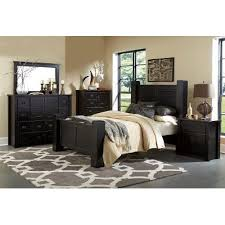 Black Piece King Bedroom Set Trestlewood RC Willey Furniture - Rc willey black bedroom set
