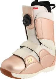 womens snowboard boots canada dc s mora 2012 performance snowboard boot http amazon